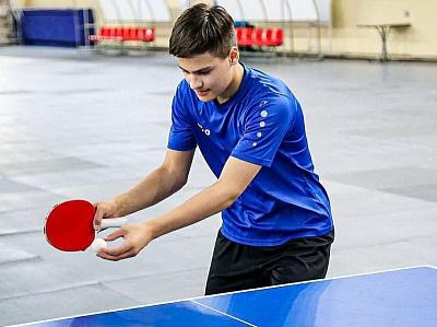На «льду» арены «Ерофей» теперь играют в шахматы, футбол и теннис