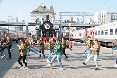 Неменее 180 студентов изУдмуртии работают проводниками впоездах этим летом ВИДЕО